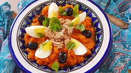 Ochutnejte Tunisko! Dejte si čerstvé datle, smažené taštičky brik nebo speciální mrkvový salát