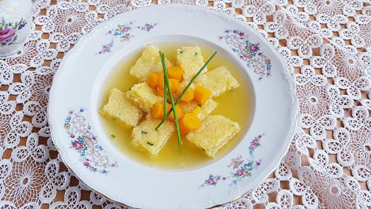 Retro okénko: Svítek se dával do polévky, do koprovky a pekl se i nasladko