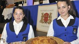 Odborníci vybrali na celonárodní pekařské soutěži v Pardubicích nejlepší Chléb roku 2021