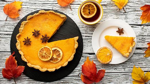 Slavný dýňový koláč je dokonalým podzimním dezertem. Co je základem úspěchu?