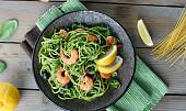 Nejlepší dušený špenát je skvělý k masu i do těstovin. Chce to jeden malý trik