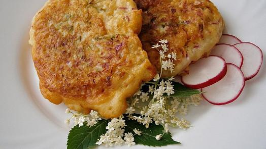 Oběd přímo z lesa? Zapomenutá staročeská kosmatice poslouží i jako originální dezert