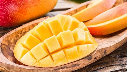 6 důvodů, proč jíst mango každý den + recept na domácí mangovou zmrzlinu