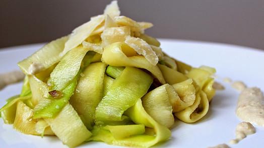 Cuketové špagety jsou lahůdka! Naučte se dělat osvěžující zeleninové nudle