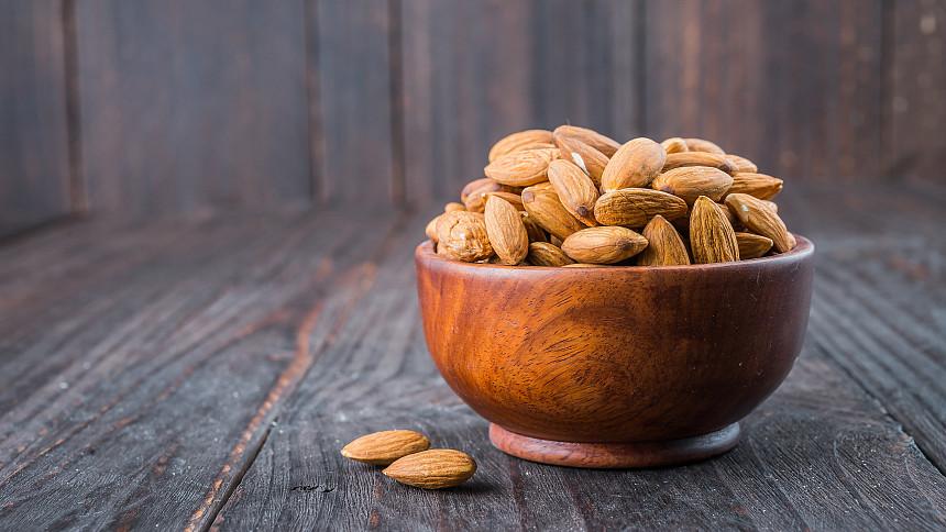 Hrst mandlí pro zdraví: Proč denně jíst plody, o kterých se píše i v Bibli svaté?