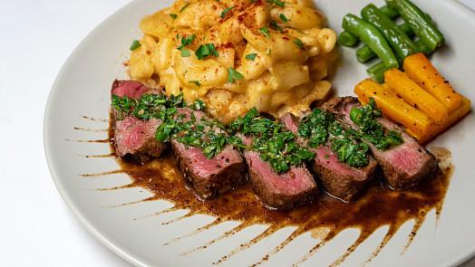 MasterChef Česko: Vychutnejte si dokonalý steak s glazovanou mrkví a salátem coleslaw