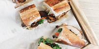 Nejlepší asijský street food: Ochutnejte voňavé vietnamské bagety sfrancouzským šarmem!