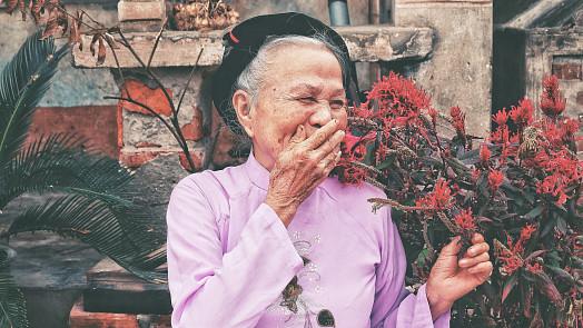 Zázračná houba ze starověku: Housenice čínská léčí plíce a prý zaručuje i dlouhověkost