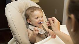 Pro zdravá střeva miminek: Pět snadných receptů na domácí přesnídávky, které dítě nezastaví