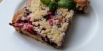 Nejlepší koláče na plech: Přivolejte léto fantastickou drobenkovou bublaninou