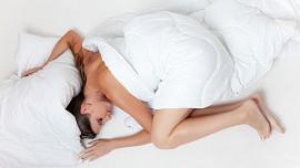 Trápí vás špatné spaní a noční můry? Může za to i to, co jíte!