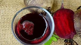 8 dobrých důvodů, proč jíst červenou řepu: Je dietní a pomáhá mozku i proti zánětům