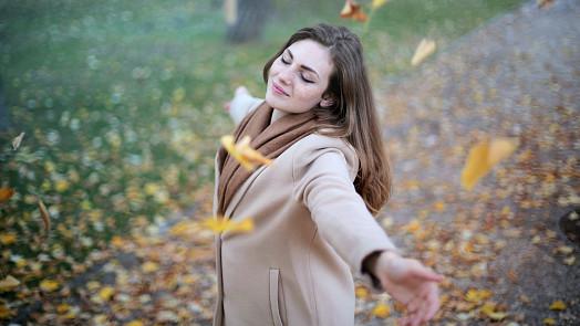 Zažeňte podzimní depresi! 10 snadných triků, díky kterým budete energičtí a spokojení
