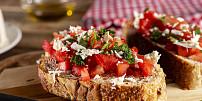 Když je opečený chleba národním pokladem: Bruschetta je nejoblíbenější topinka v Itálii