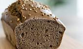 Mýty vs. fakta: Je žitné pečivo vážně zdravější než to z bílé mouky?