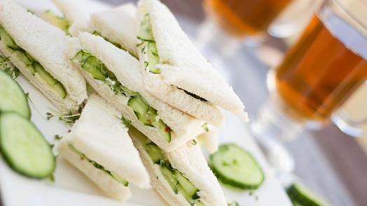 Tabu v královské kuchyni: Alžběta II. miluje sendviče, ale jen s jednou speciální úpravou