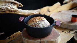 Už máte holandskou troubu? Kotlík nejen pro trampy zkrátí dobu vaření a udrží živiny!
