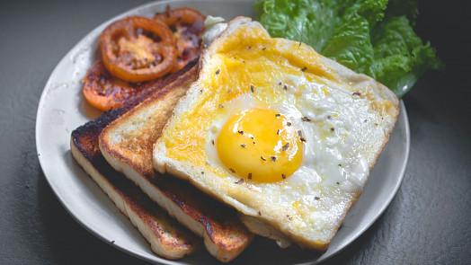Tajemství kvalitního rána: Snídaně složená z těchto potravin vám dodá energii až do oběda