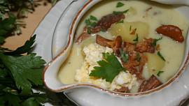 Českem s chutí: Kyselo, které vás postaví na nohy a polévky jako drn. Ochutnejte Krkonoše!