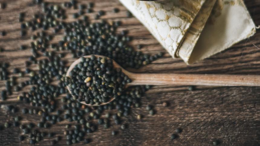 Černá čočka beluga získala název po kaviáru a je i podobně zdravá. Zkuste ji třeba do rizota!
