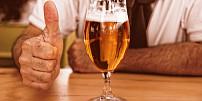 Tipy na vánoční dárky pro pivaře: Pořiďte tomu svému domácí minipivovar nebo basu speciálů