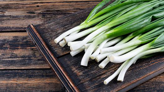 Jarní cibulka: Nositel prvních čerstvých vitamínů! Vypěstovat ji můžete i ve sklenčice