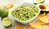 Nejslavnější světové dipy: Jak udělat guacamole a co opravdu patří do hummusu?
