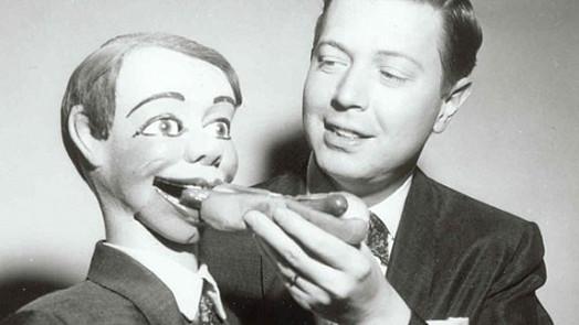 Hot dogy jsou miláčci Ameriky! Byly dokonce i na Měsíci, nejvíc jich snědí v Los Angeles