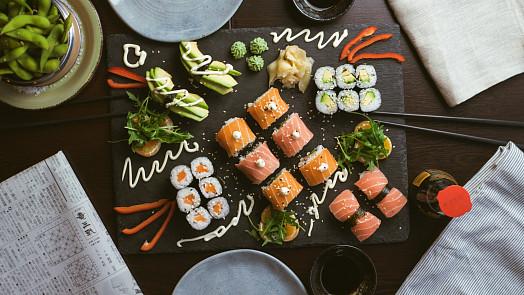 Rýžový ocet ochutí sushi, zálivky i marinády a ještě vám pomůže pročistit tělo a zhubnout!