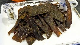 Vyrobte si domácí sušené maso! Jednoduchý návod na dokonalé jerky nejen pro muže