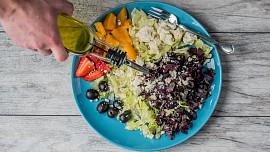8 jednoduchých triků, jak vařit zdravěji: Zkuste používat avokádo místo majonézy!