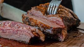 Grilování levou zadní: Výběr nejlepších receptů na perfektní maso z grilu