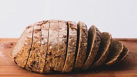 Starý chleba? Žádný problém! Chytrá hospodyňka zná triky, jak ho ještě využít
