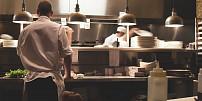 Tyto kuchyňské pomocníky, inspirované jarním obdobím, si zamilujete!