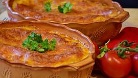 Oběd na neděli: Jak připravit nejlepší lasagne sboloňskou omáčkou? Chce to dodržet postup!