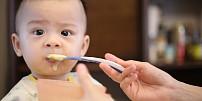 Jak na dětské příkrmy: Jednoduché recepty a chytré tipy pro čerstvé maminky