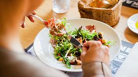 Dieta podle krevní skupiny: Jste typ lovec, sběrač nebo kočovník?