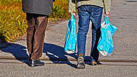 Jak levně nakupovat jídlo bez plastů navíc? Přispějte ke zdraví planety i vy!