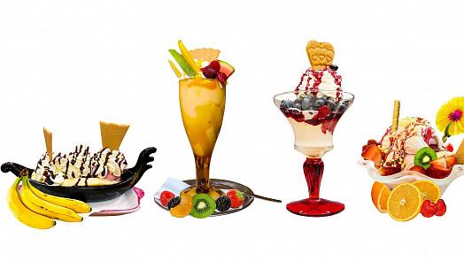 Nejslavnější zmrzlinové poháry: Připomeňte si s námi oblíbený Banana split nebo Broskev Melba