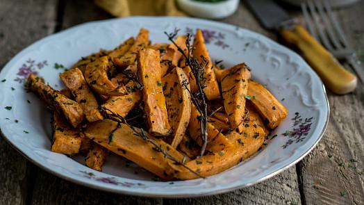 Zdravé sladké brambory: Ochutnejte batáty na mnoho způsobů vslané i sladké podobě