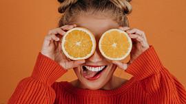 Pomeranče jsou kříženci mandarinky a pomela. Díky Maurům je známe už tisíc let