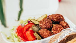 Poznejte slavný falafel: Malé smažené kuličky z Egypta si můžete připravit i doma