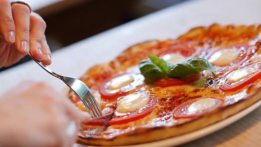 Jedlíkova cesta kolem světa: Znáte sicilské rýžové krokety či toskánskou polévku z chleba?