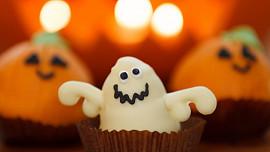 Halloweenské recepty: Vyzkoušejte strašidelné prsty nebo duchařské pusinky