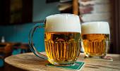 """Chrání srdce a """"čistí"""" zuby: 8 důvodů, proč je pivo zdraví prospěšné"""
