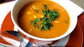Falešná dršťková polévka zhub: Vylepšíte ji netradičními přísadami! Víte, které to jsou?