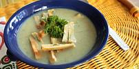 Zapomenuté vložky do polévek: Ochutnejte piškotový svítek či vaječné krupky podle Sandtnerky
