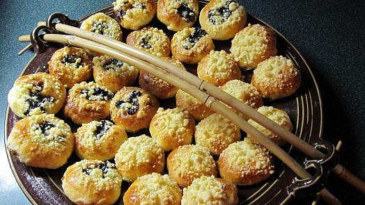 Nejlepší náplně do koláčů a buchet: Od tvarohové přes perníkovou až po kaštanovou
