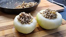 """Kedlubnové hody: Připravte pomazánku, božské """"zelí"""" nebo i řízek pro vegetariána"""