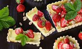 Tradiční jahodové recepty: Osvědčené rady pro dokonalé knedlíky i perfektní letní koláč